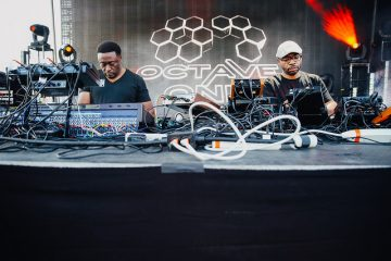 octave one live the red flats