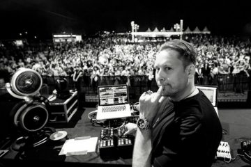umek code world tour